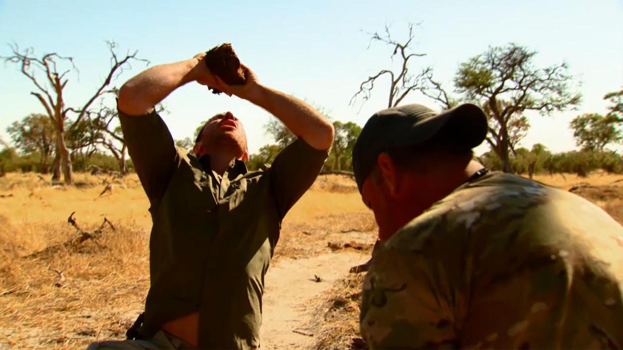 S06.F14: Die Elefanten vom Okavango